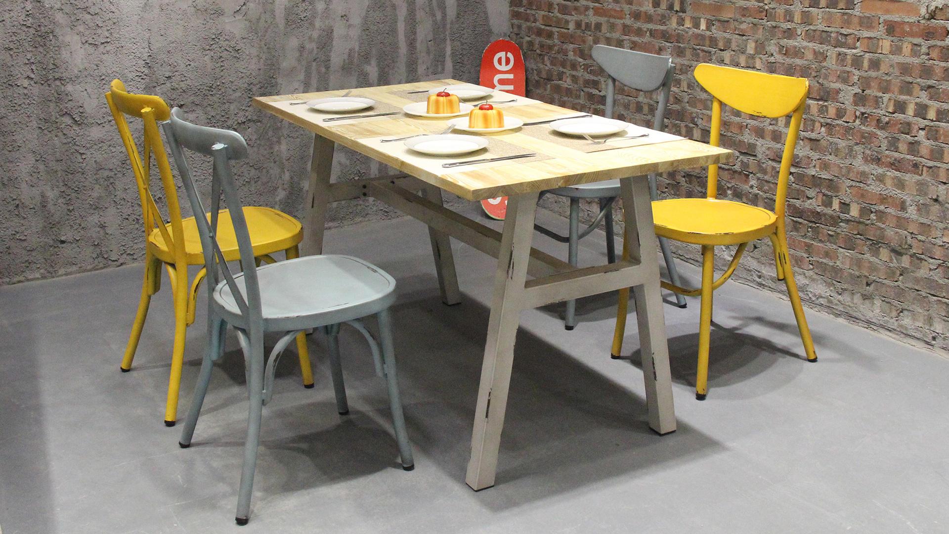 Mesa de comedor de restaurante de bistró de café con tapa de madera industrial tipo loft 649DT-ALUW-RE14070