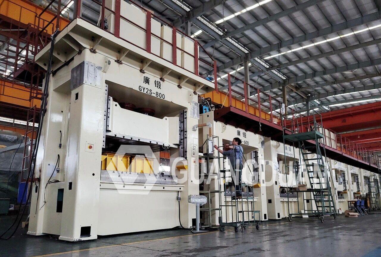 12 Large Gantry Servo Hydraulic Presses