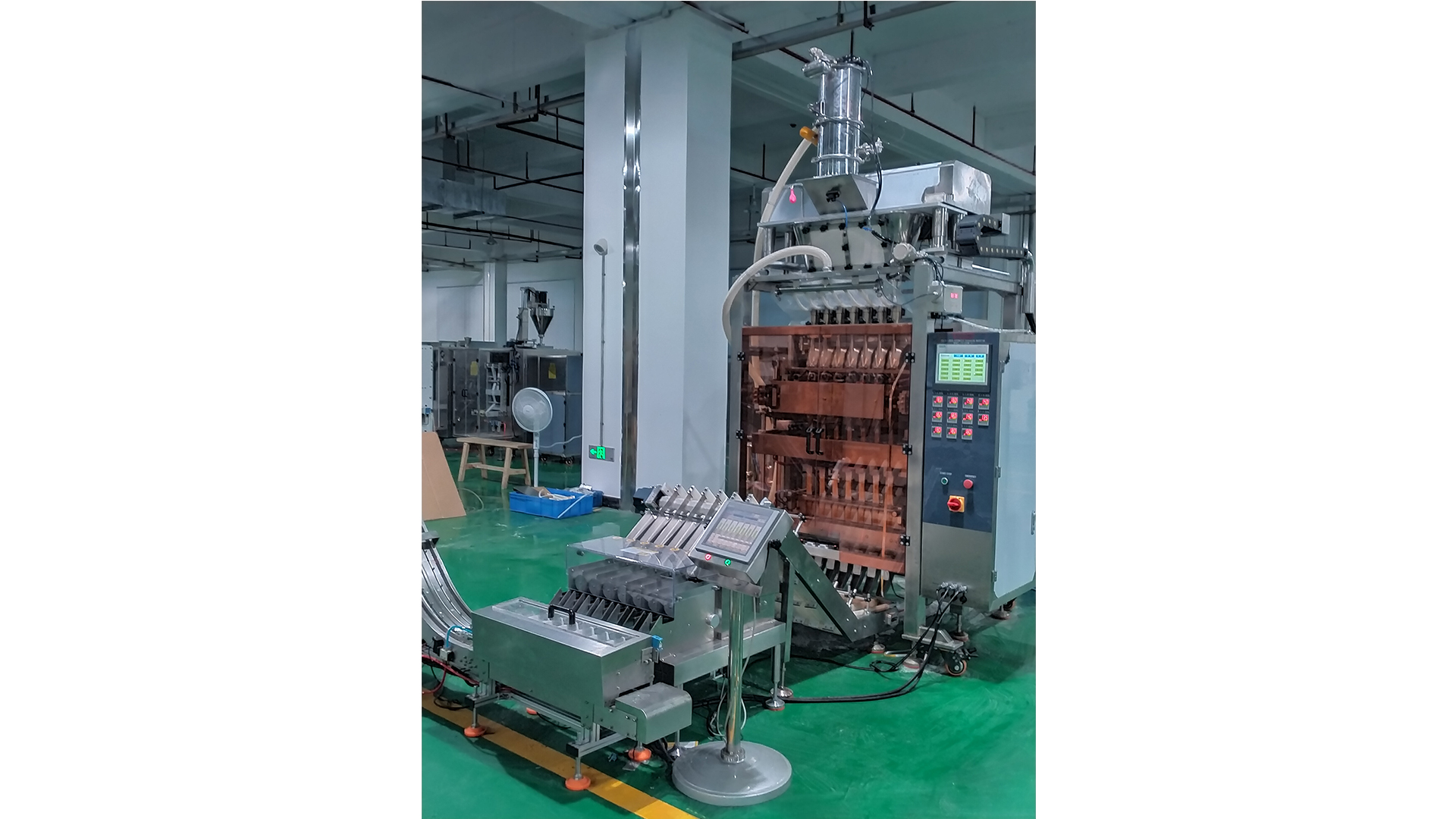 Multi Lanes Stick Powder Packing Machine With Weight Checker And Counting Machine