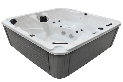 Whirlpool Outdoor Spa - Get Your Free Weekly Treat in the Outdoors